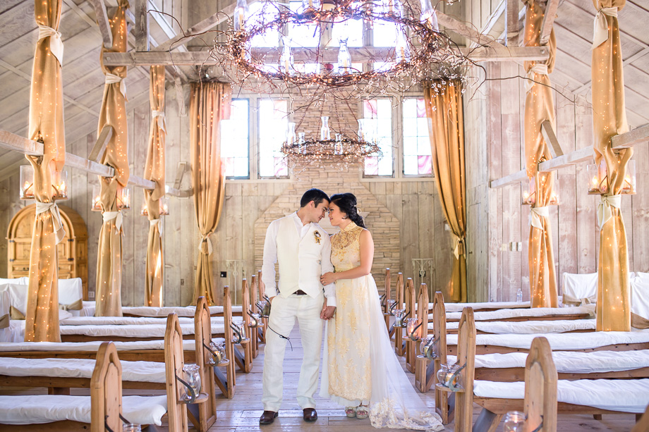 dreamy romantic and gold glamrous chapel wedding in Union Hill Inn, Sonora California