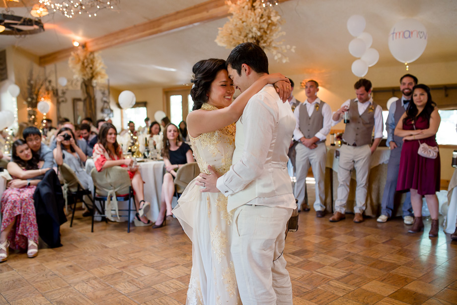a romantic first dance as husband and wife at Union Hill Inn