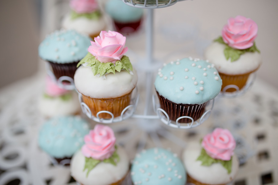 elegant wedding cupcakes - pink and tiffany blue