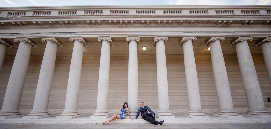 wide angle photo of couple at Legion of Honor