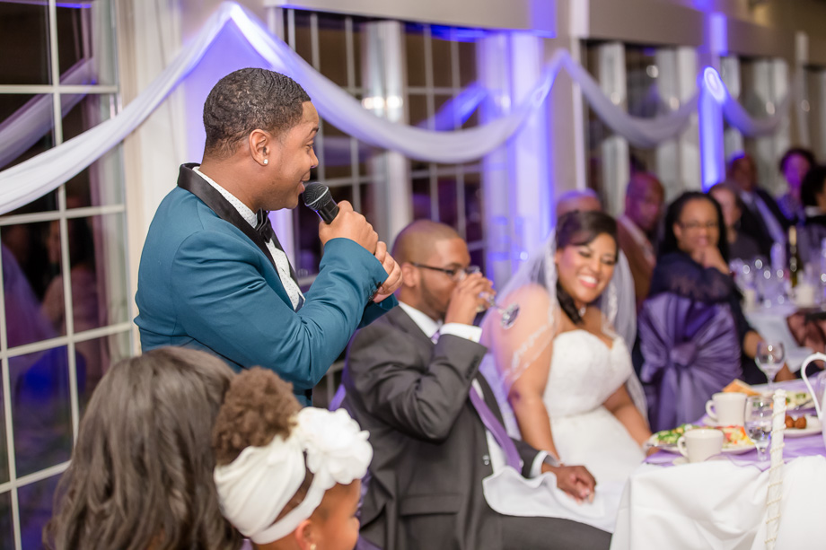 giving funny wedding toast