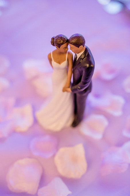romantic bride and groom wedding cake topper