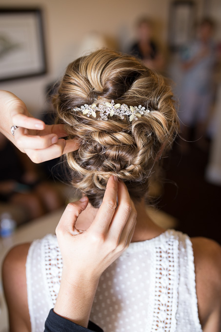 bridal hair updo with a gorgeous hairpin