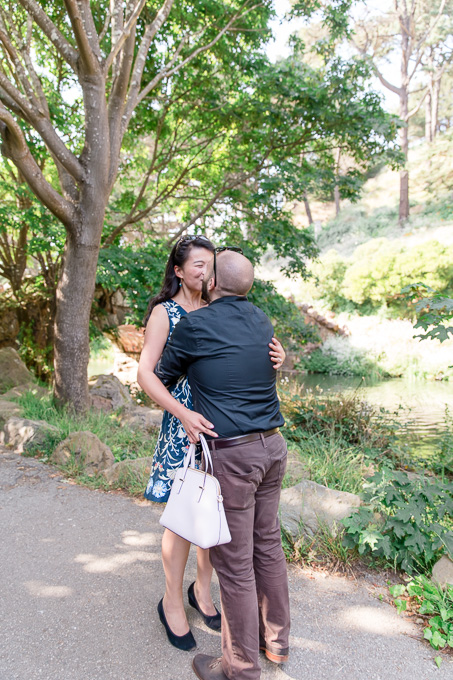 kissing at the shore of Stow Lake