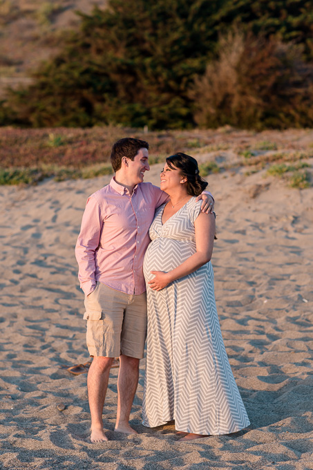 sunset maternity photo session