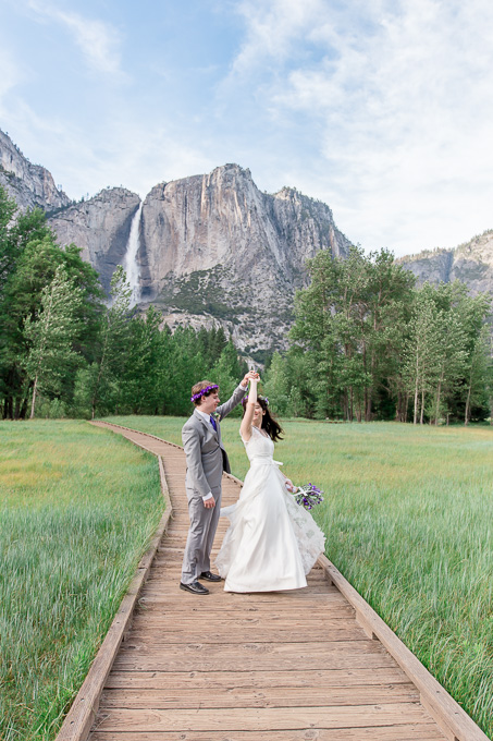 bride and groom portrait at Yosemite National Park
