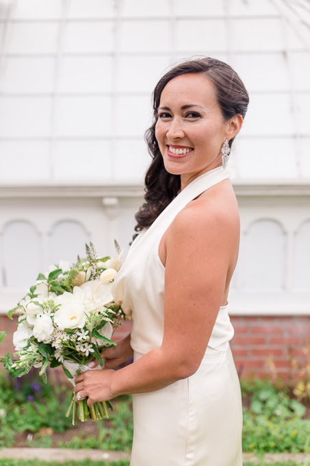 stunning bride in her Amy Kuschel wedding gown