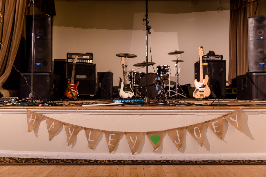 wedding band stage setup