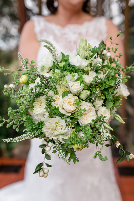 elegant white and green bridal bouquet