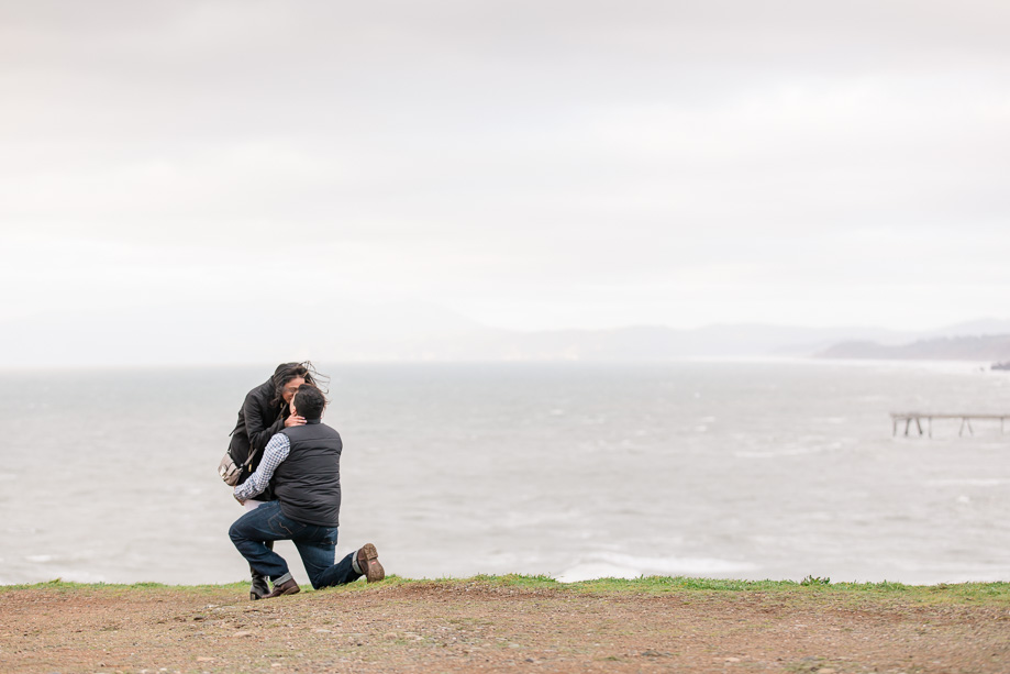 cliffside marriage proposal overlooking the Pacific ocean