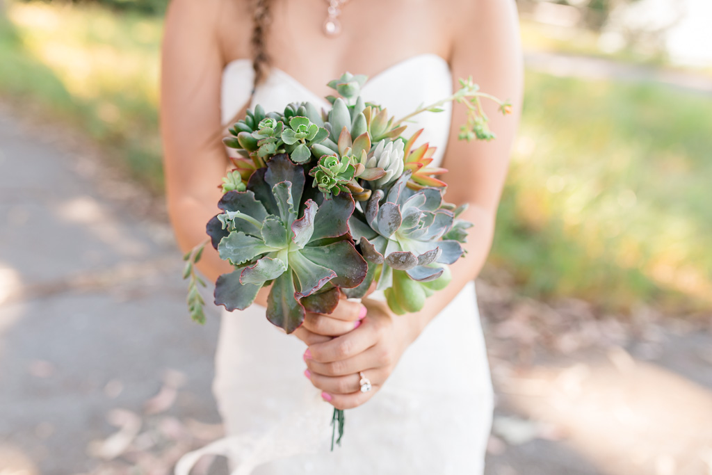 do-it-yourself bridal bouquet