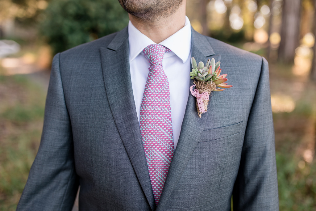 DIY boutonniere for groom