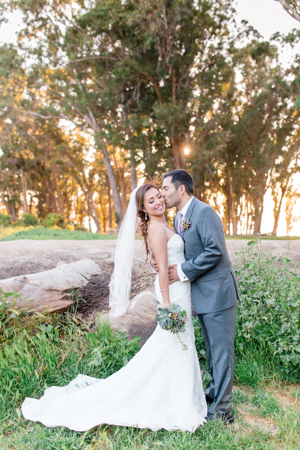bridal portraits at Coyote Point in San Mateo