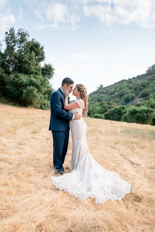mountainside valley bride and groom portrait in Los Gatos