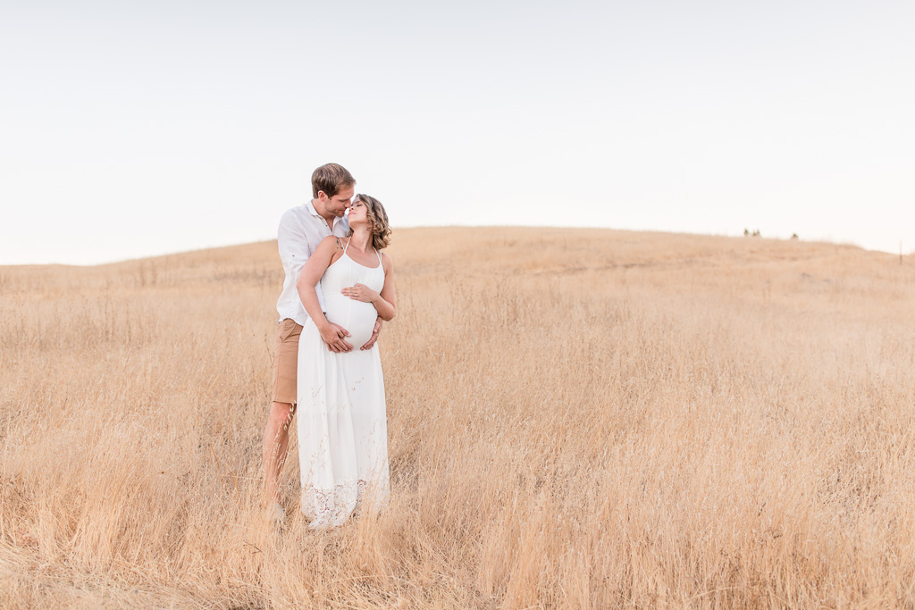 dreamy palo alto maternity photos at golden open field