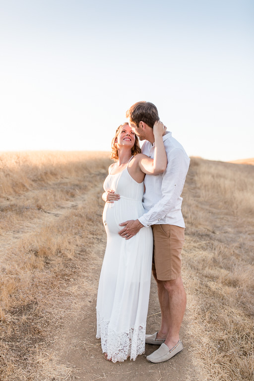 cute couple maternity photo