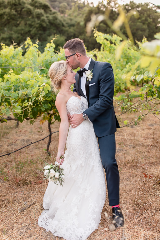 kissing in the vineyards
