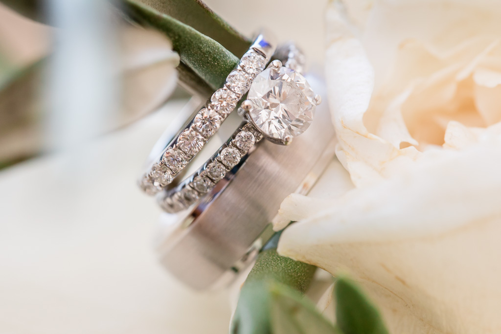 wedding bands and the engagement dimond ring set