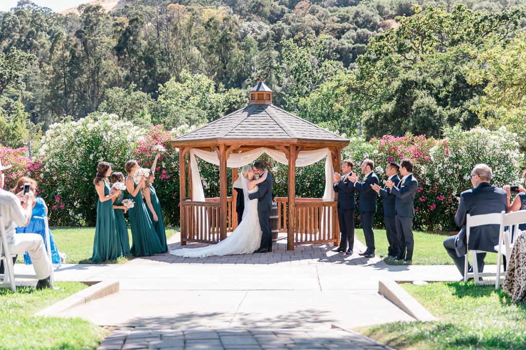 elliston vineyards wedding ceremony