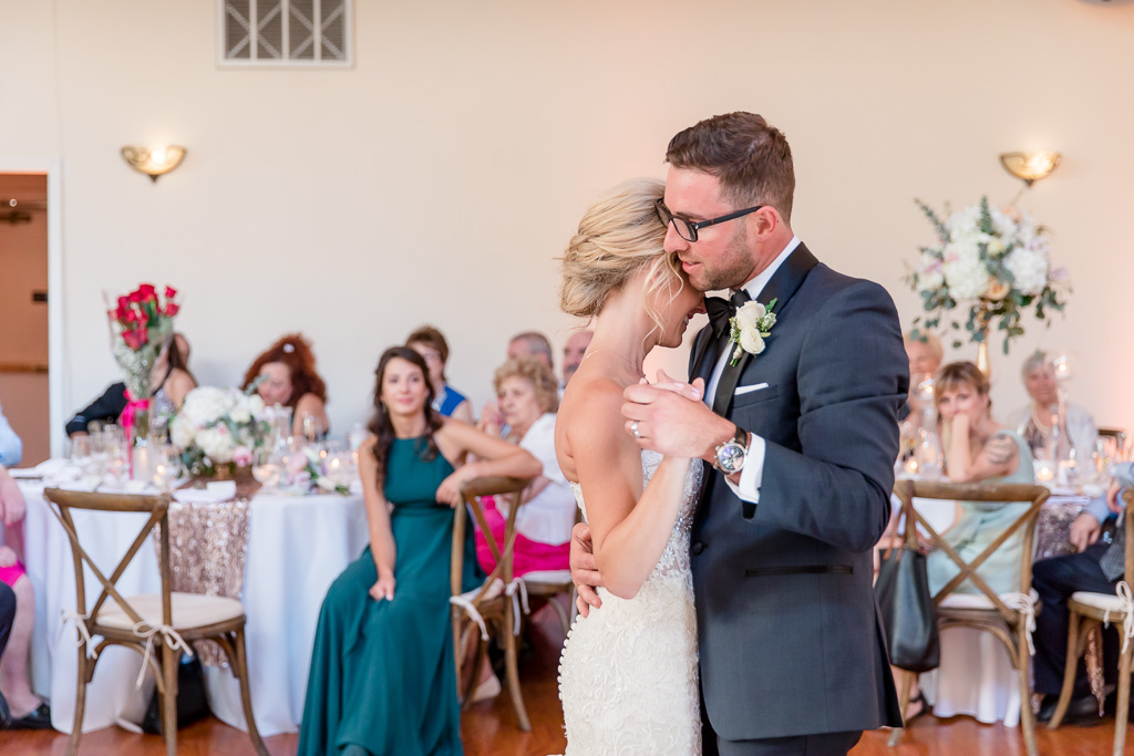 Elliston Vineyards ballroom wedding first dance