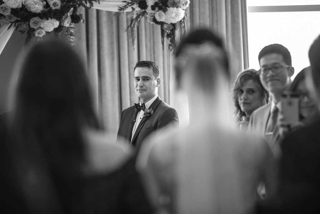 groom teared up when bride walked down the asile