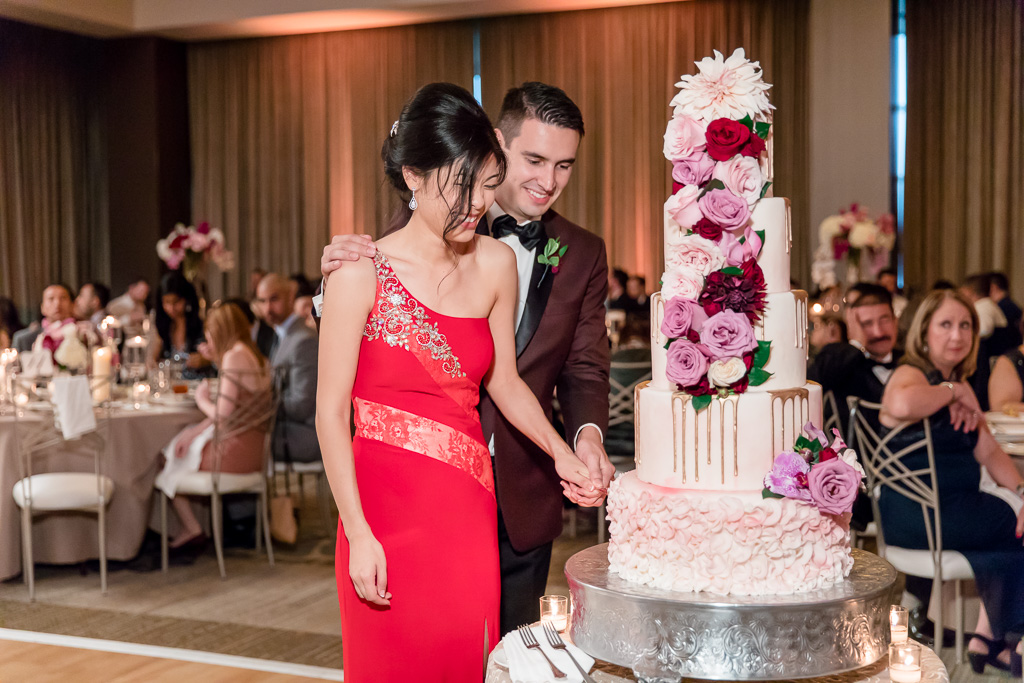 cutting a five tier wedding cake is not an east task
