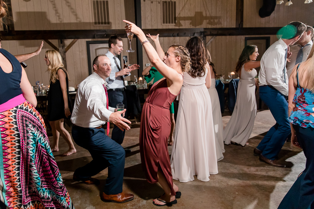 wedding guests have some awesome dance moves
