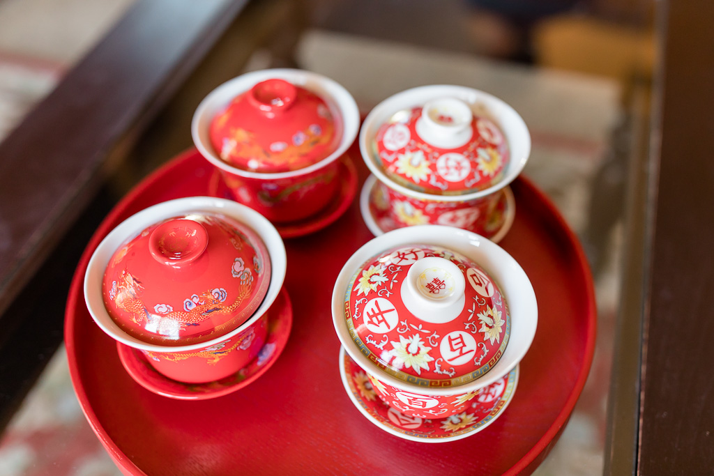 traditional tea ceremony at an asian wedding