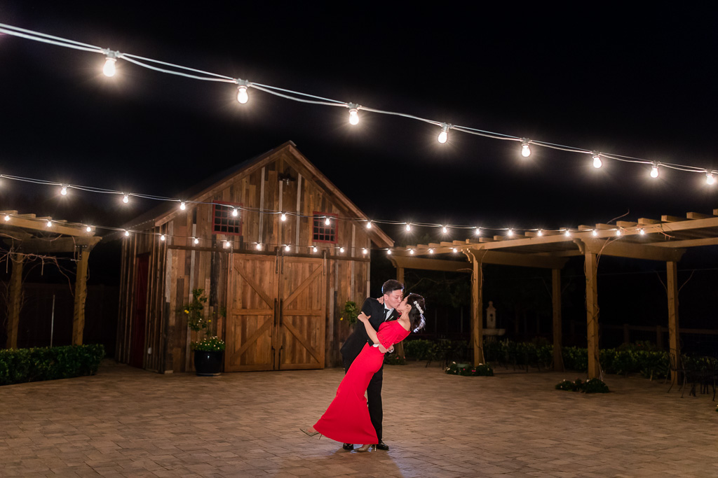 regale winery and vineyards wedding night photo under the twinkle lights