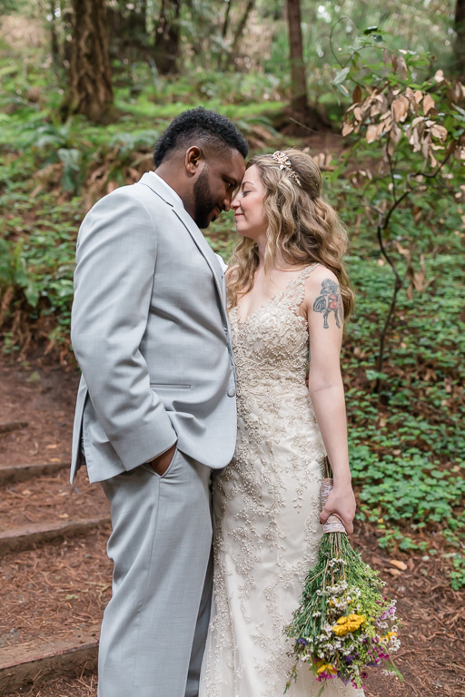 K&B flew all the way to California to elope in muir woods