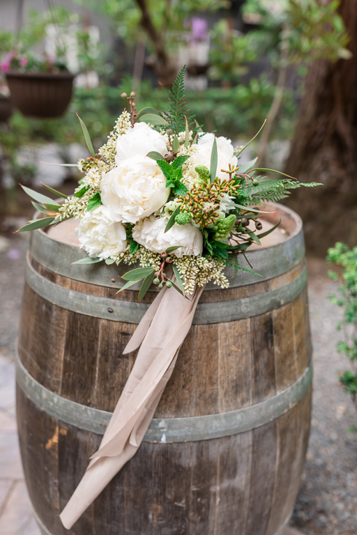 bridal bouquet for this organic and chic deer park villa wedding