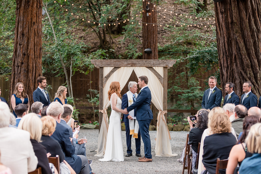deer park villa outdoor wedding ceremony