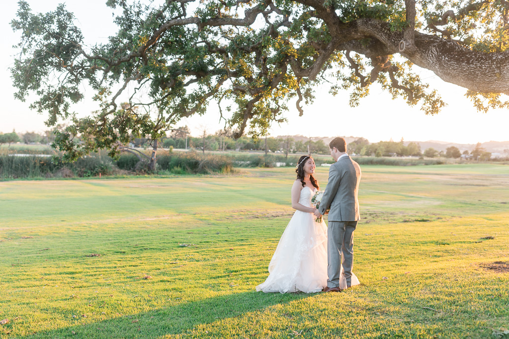 gorgeous Napa outdoor wedding portrait during sunset