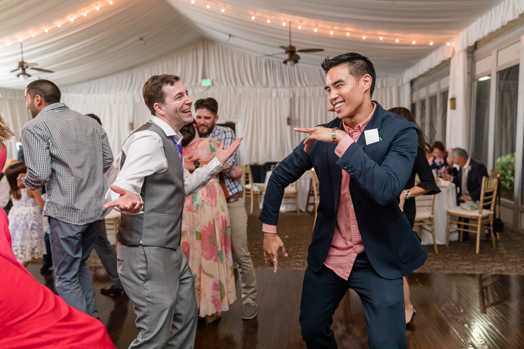 groom dancing to Call Me Maybe