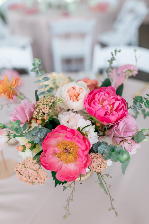the prettiest floral centerpiece for a tented Seattle wedding reception