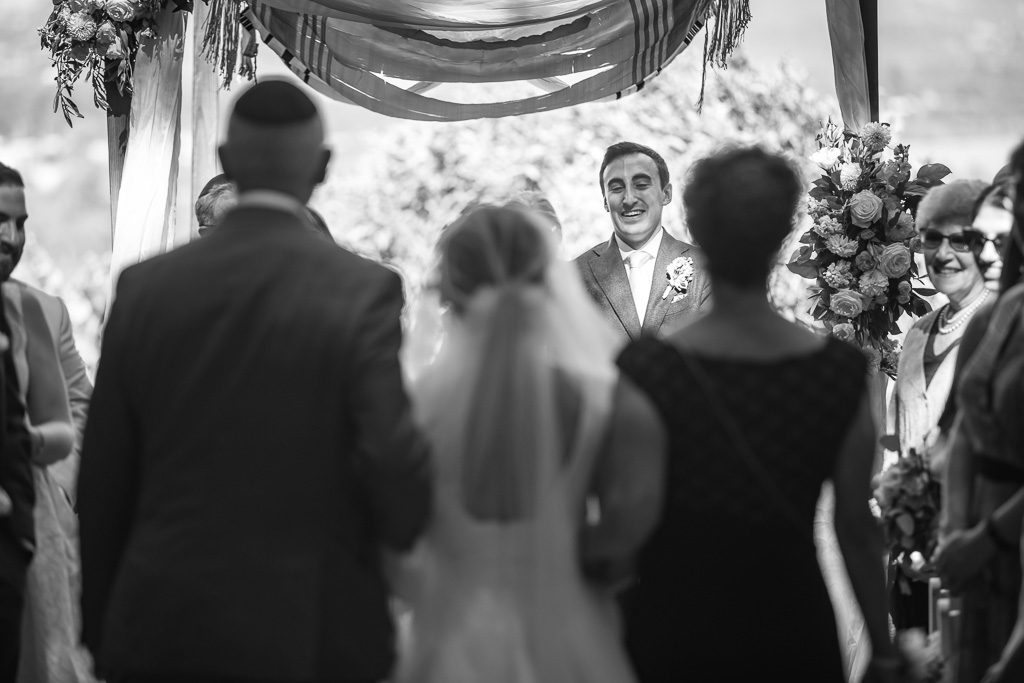 groom's reaction when he sees his bride's grand entrance