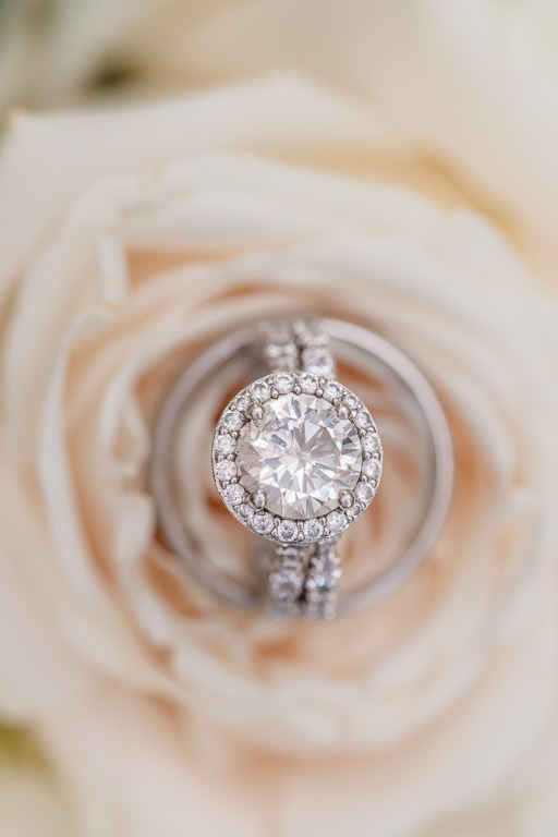 macro shot of the diamond wedding ring set