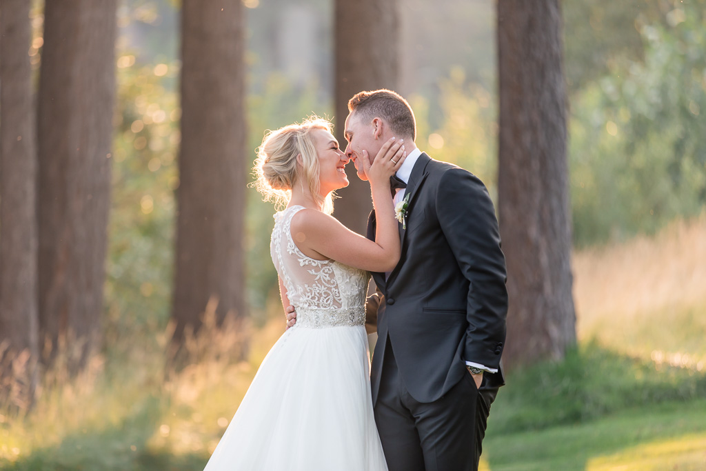 sunset wedding portrait on the Tahoe golf course