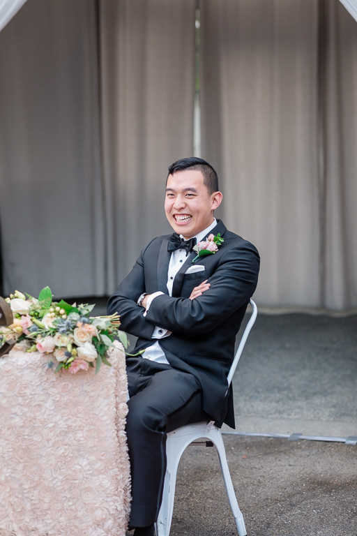 groom's reaction when his sister revealed some funny secretes
