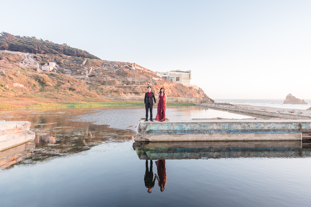 reflecting pool engagement photo