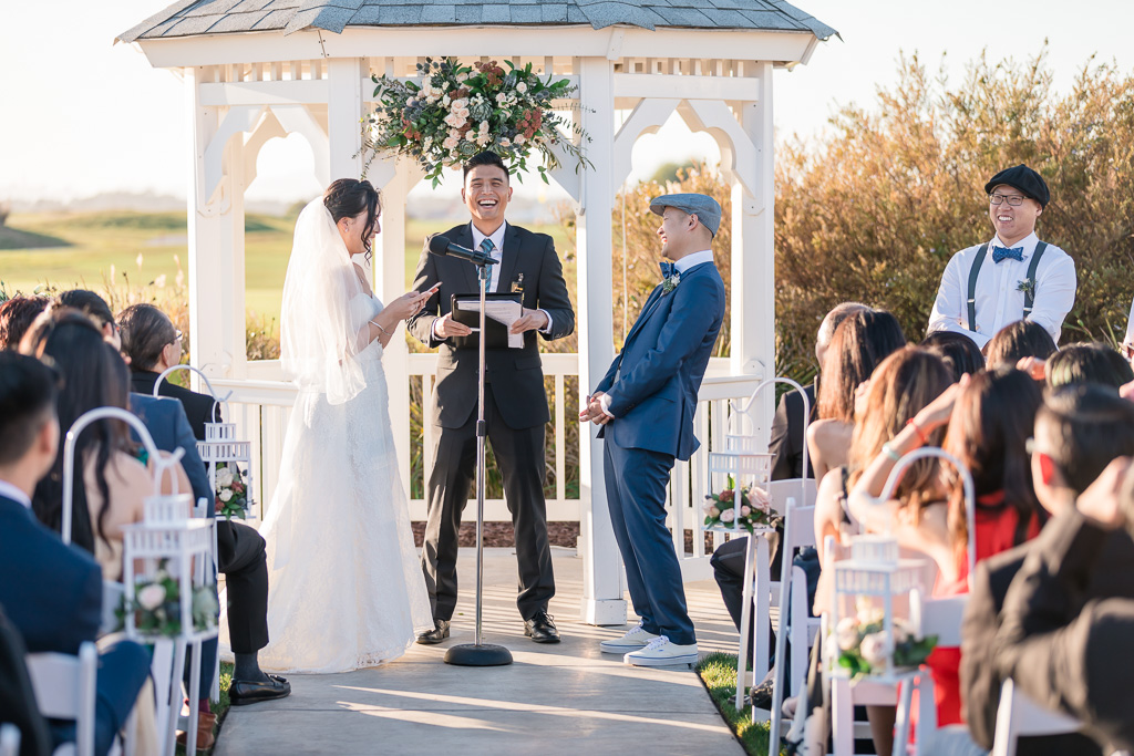 fun wedding ceremony moment