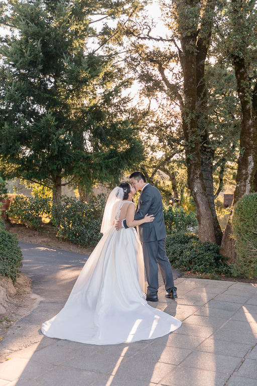 gorgeous Thomas Fogarty Winery and Vineyards wedding in Woodside