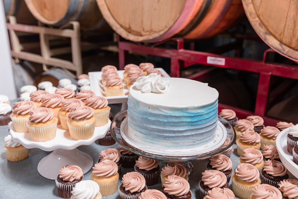 delicious cake and cupcakes from Alpine Bakery
