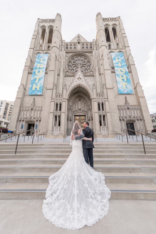 San Francisco Grace Cathedral wedding photographer