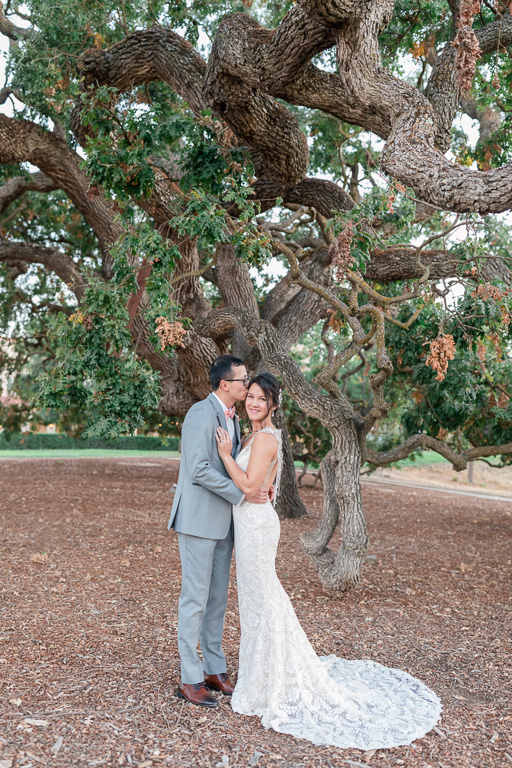 Ruby Hill wedding photo by a lovely oak tree