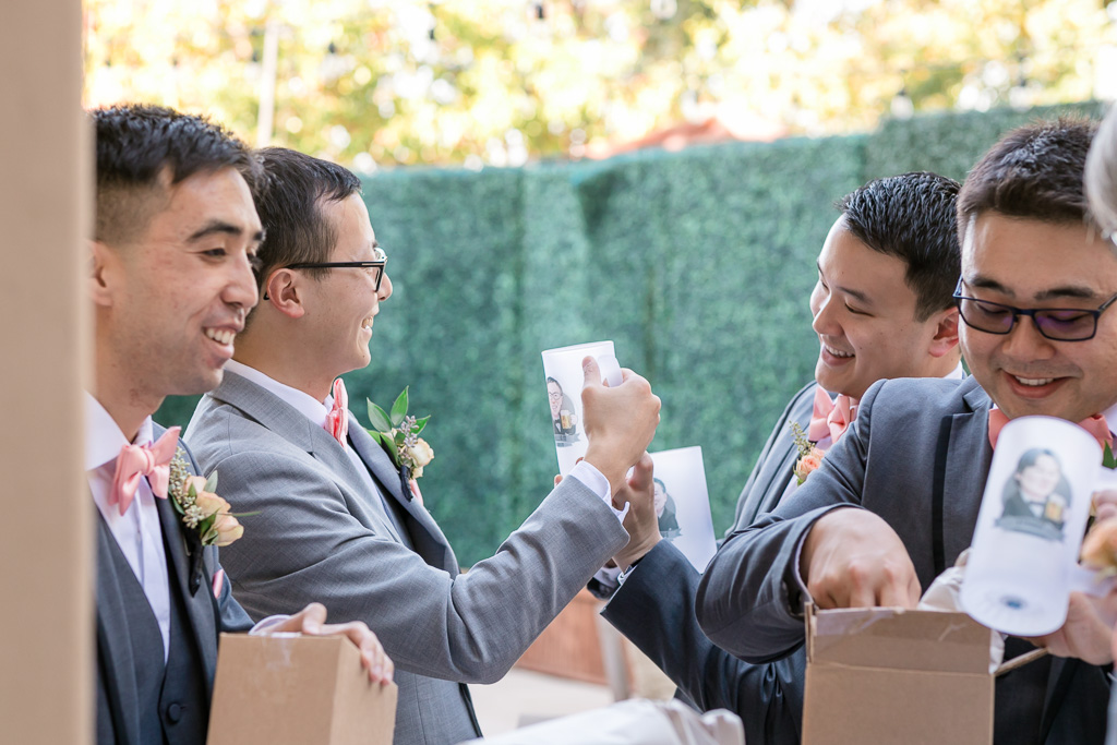 groomsmen's awesome personalized gifts