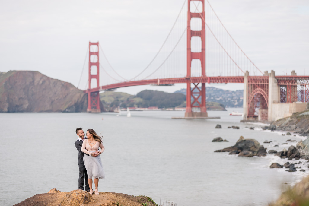 save-the-date photo in front of the iconic bridge