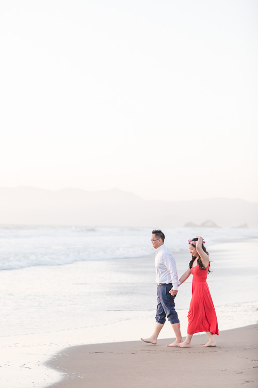 San Francisco engagement couple portrait on the beach
