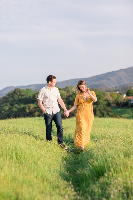Palo Alto Arastradero Preserve outdoor maternity photos