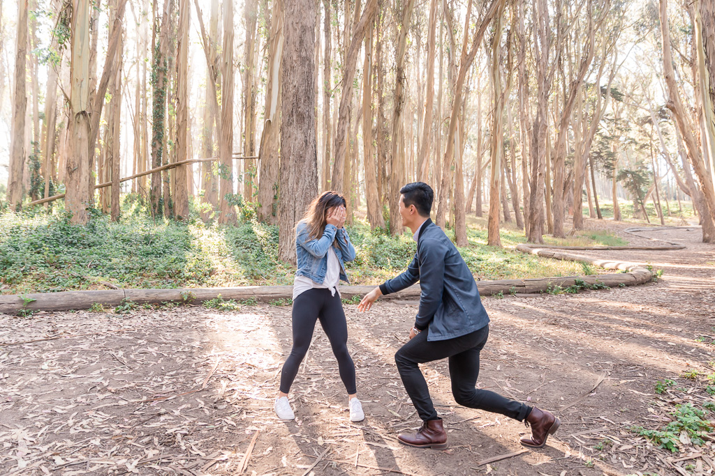 love all the candidness of these precious moments of this San Francisco surprise proposal